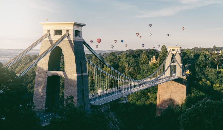 Clifton Suspension Bridge, Bristol with hot air baloons